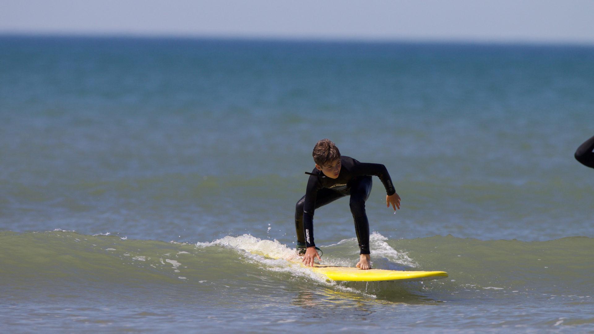 Initiation au surf avec l'Ulmo Surf School