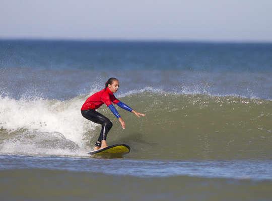 Surfer en Été